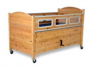 SleepSafe® II - Medium Bed - Manual HiLo with Electric Articulation - Alder Wood Finish